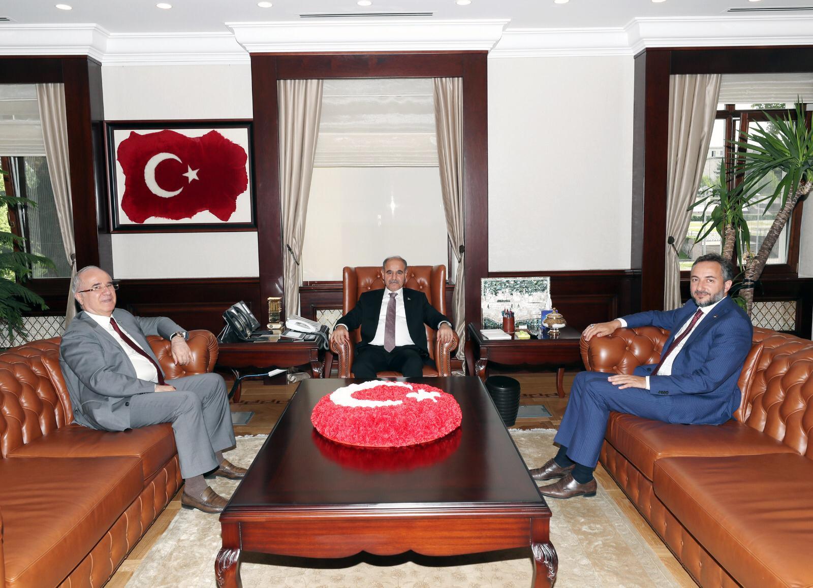 TSO BAŞKANI ARSLAN, EMNİYET GENEL MÜDÜRÜ AKTAŞ'I ZİYARET ETTİ.